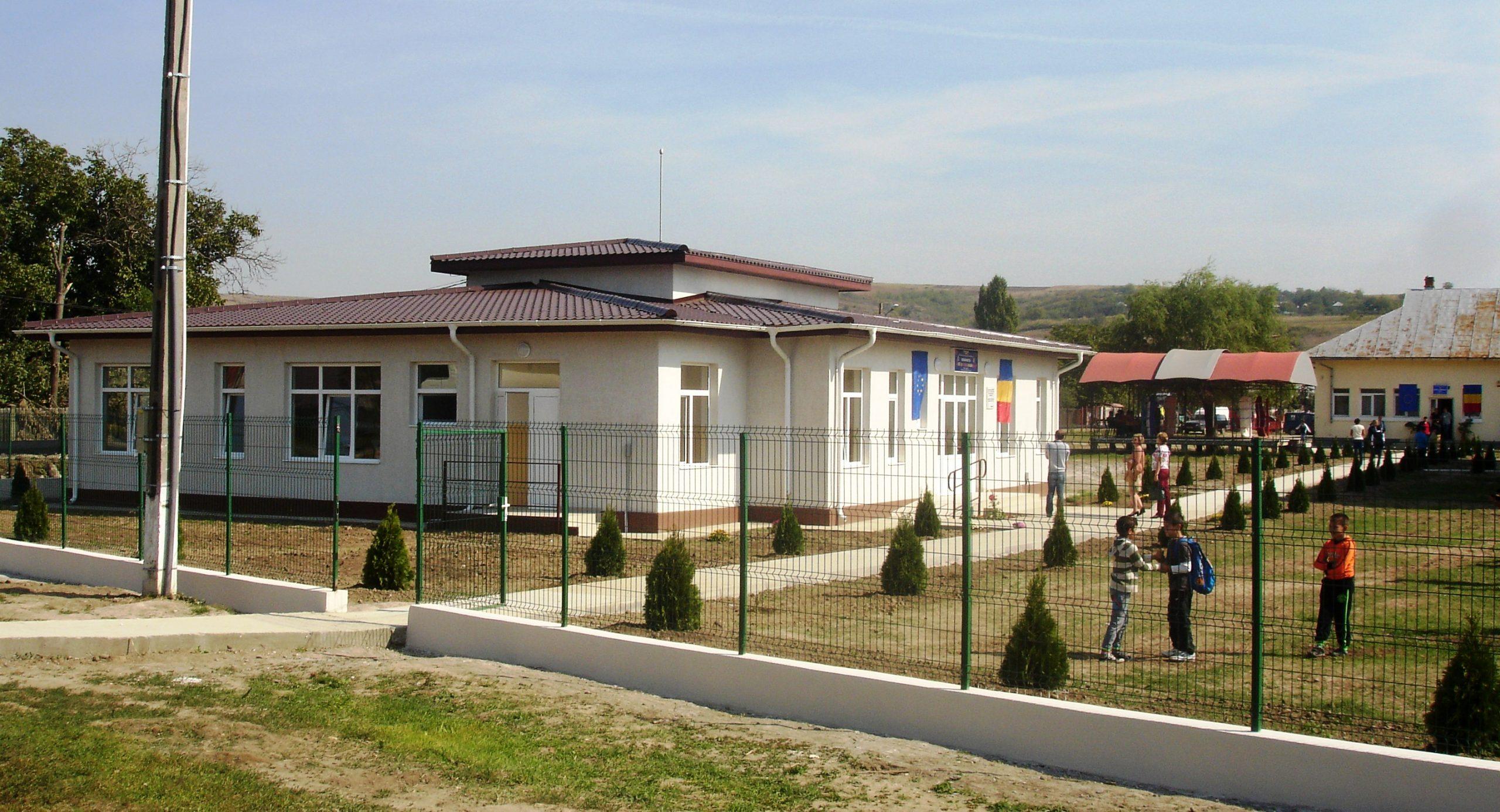 Construire gradinita cu program normal ,2 sali de grupa ,Lesile,judetul Dolj