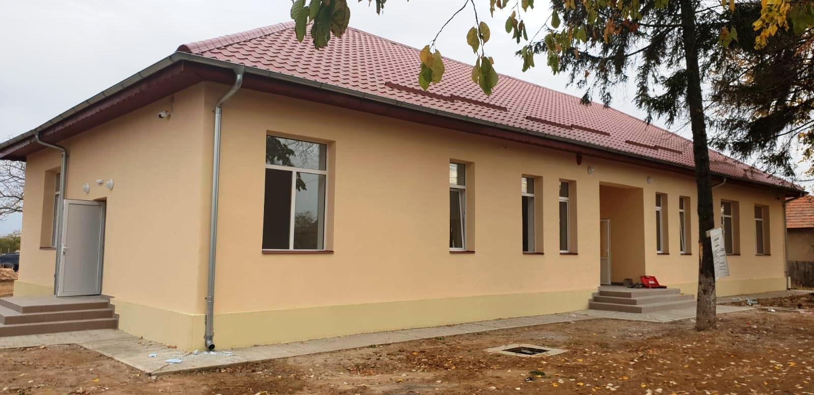 Reabilitare si modernizare scoala Cioroboreni ,Comuna Jiana ,judetul Mehedinti